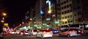 大地震後の巣鴨駅前の渋滞